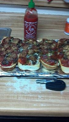 Click image for larger version  Name:pizza1.jpg Views:86 Size:31.8 KB ID:4787